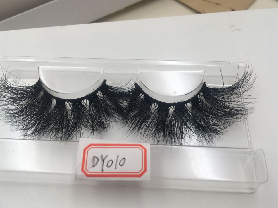 25mm lashes Dy010