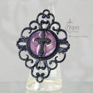 Bague gothique Toran croix violet en résine noire baroque - ajustable - face