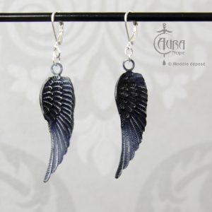 Boucles d'oreilles ailes de corbeau gothique / occulte seih - face