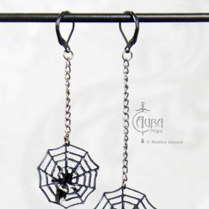 Boucles d'oreilles toile d'araignée gothique / occulte seih - noir - face