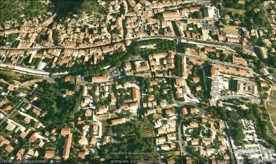 Centre-ville d'Auriol (vue satellite)