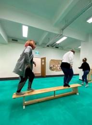 Berufliche-Schule-Paula-Fuerst-der-FAWZ-gGmbH_Kreativbereich_Bewegungsspiel-3