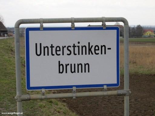 Unterstinkenbrunn in Niederösterreich - Ortstafeln Österreich
