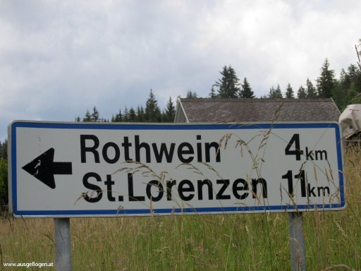 lustige Ortsschilder Österreich Rothwein in der Steiermark