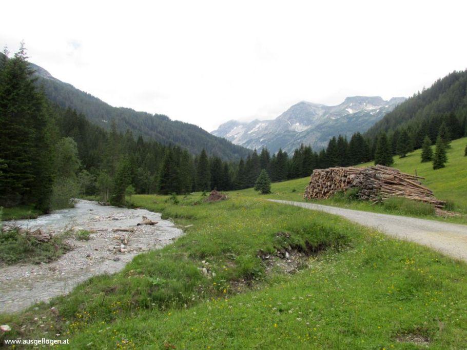 Lantschfeld Blauseen Wanderung