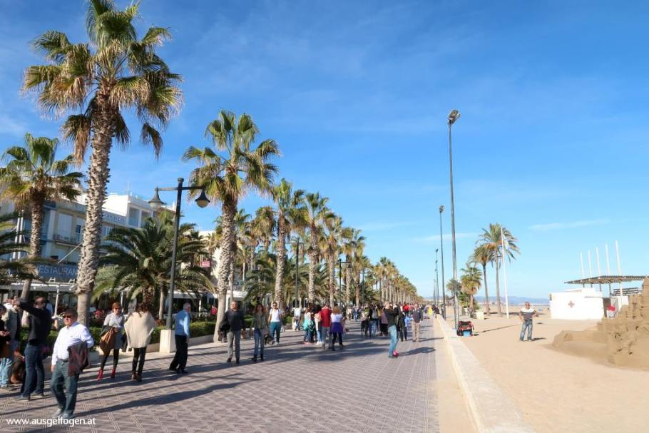 Paseo Maritimo Valencia