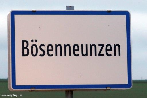 Bösenneunzen lustige Ortsschilder Österreich