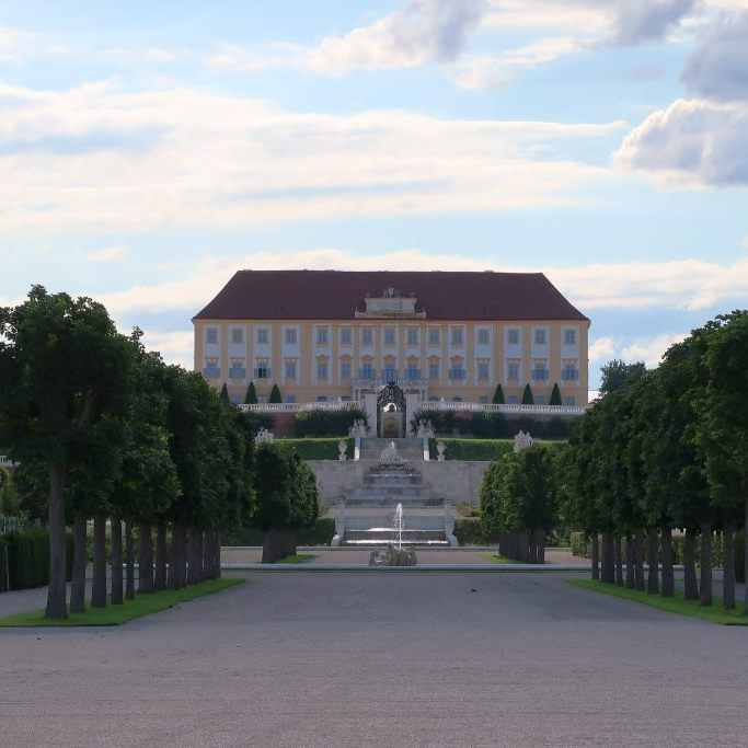 Grenze March Schloss Hof Ausflugsziele Niederösterreich