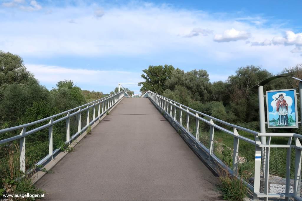 Brücke der Freiheit Schloss Hof