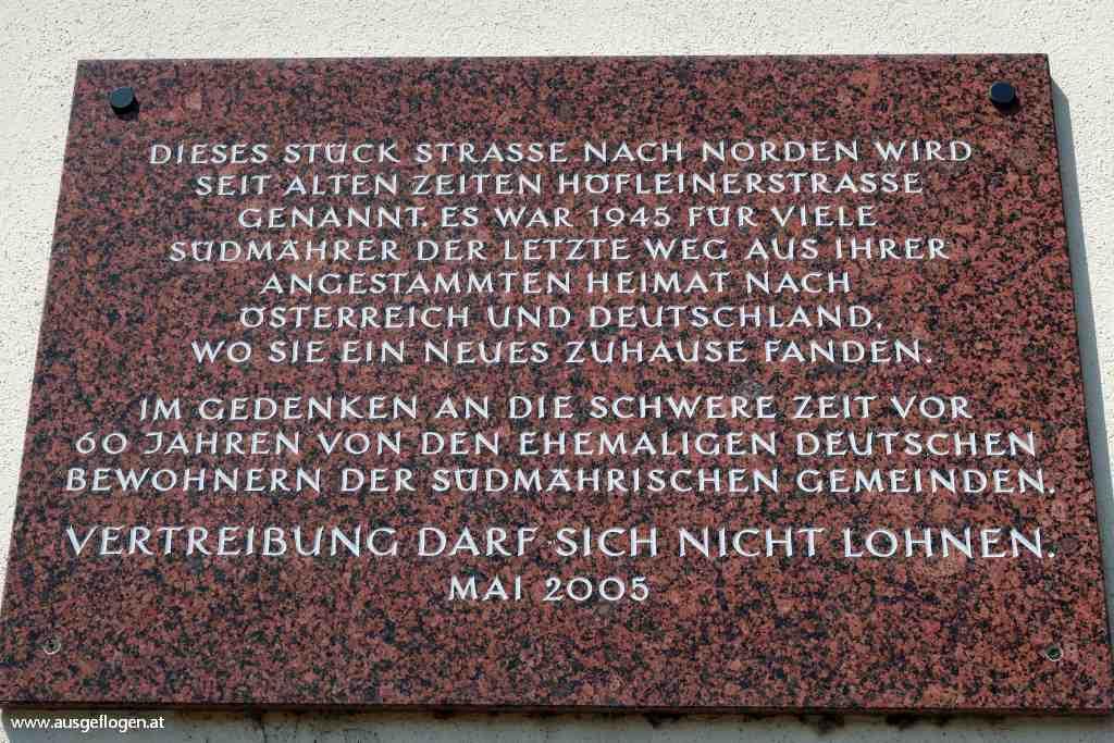 Laa Südmährerdenkmal Höfleinerstraße