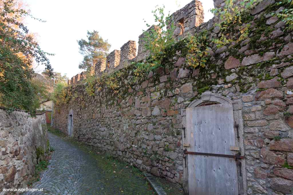 Weitra Stadtmauer Rundgang