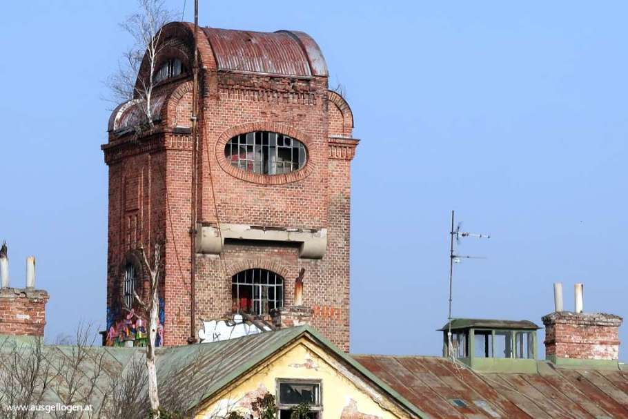 verfallene Blech- und Bleiwarenfabrik in Gumpoldskirchen