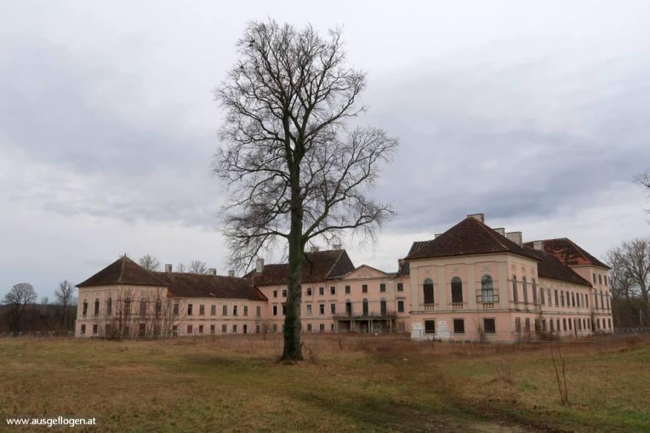 Lost Places Niederösterreich altes Schloss