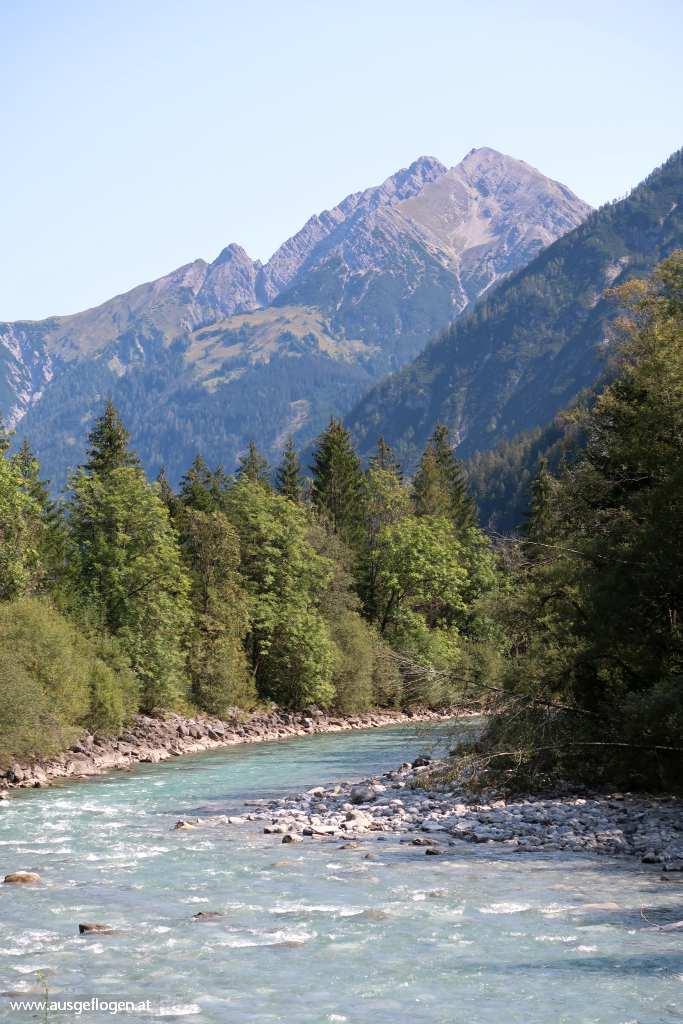 Blick auf den Lech Tirol schöne Orte