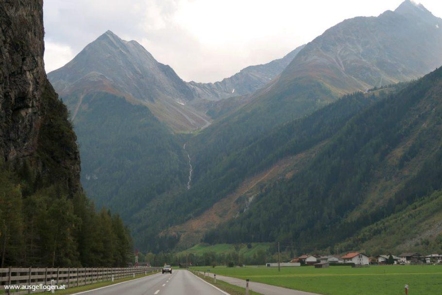 Ötztaler Alpen Einfahrt ins Tal