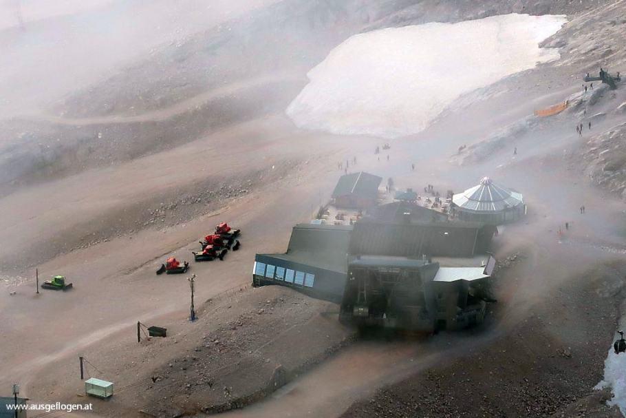 Gletscher Zugspitze Schneeferner am Zugspitzplatt