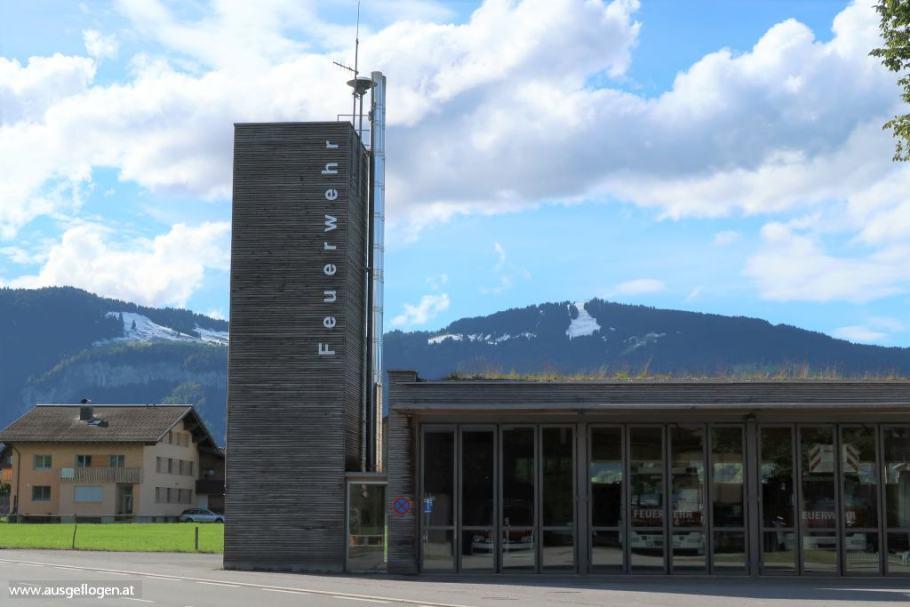 Andelsbuch: moderne Holzbauarchitektur