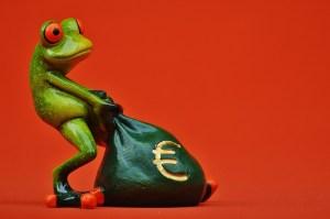Ist die Ausstattung zur Überprüfung von Falschgeld notwendig Test?