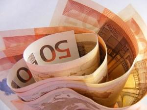 Geld aus Thailand nach Deutschland überweisen