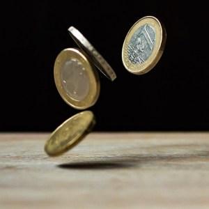 Anwendung und Vor- und Nachteile von einem Falschgeldprüfer