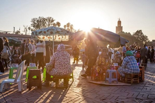 Henna-Künstlerinnen in Marrakesch