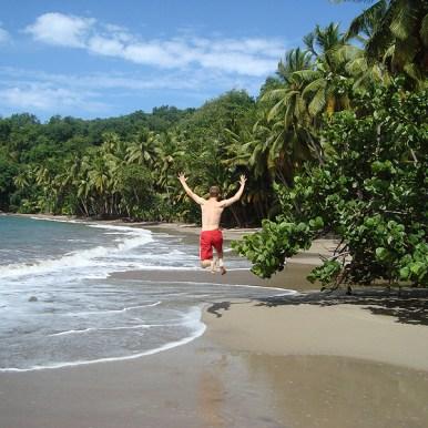 Sprung am Batibou Beach / Dominica