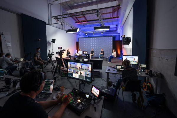 Livestream Studio Hamburg Hafencity Talkrunde