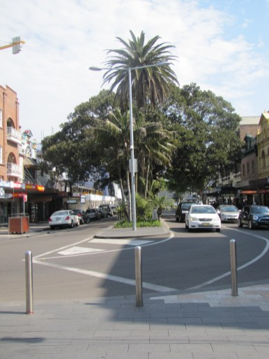 A look back down 'The Corso' towards Manly Wharf.