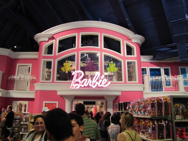Barbie House, Toys 'r Us