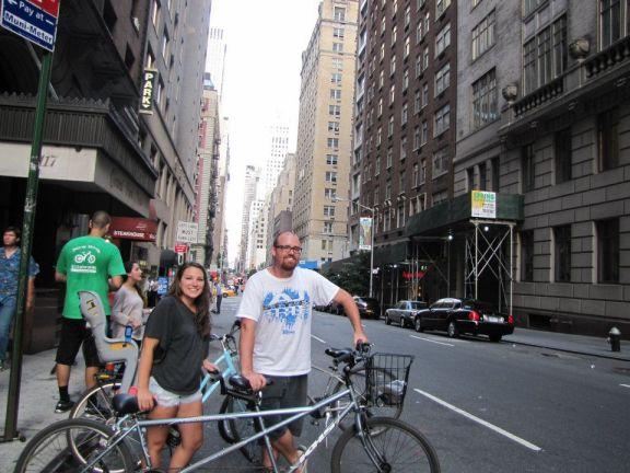 Tandem bike ride in New York