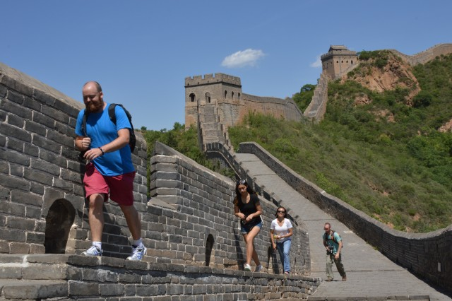 A blessedly flat bit of the Great Wall.