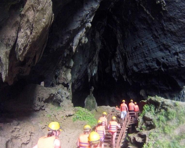 entrance to dark cave phong nha ke bang vietnam
