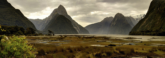 mitre peak milford sound fiordlands