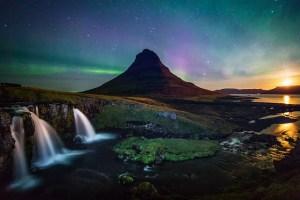 northern lights kirkjufell waterfall