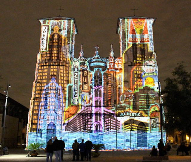 Day Trips San Antonio The Saga Multimedia Show Paints San Antonios Historic Cathedral With Light And Music Columns The Austin Chronicle