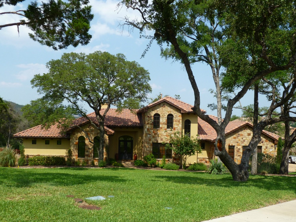 austin neighborhoods lowest property tax rate best schools Greenshores on Lake Austin