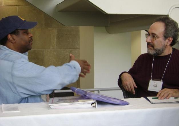 Bruce Iglauer of Alligator Records debates with New Jersey Soul -Patrol writer Bob Davis at the 2008 Blues and Spirit symposium.