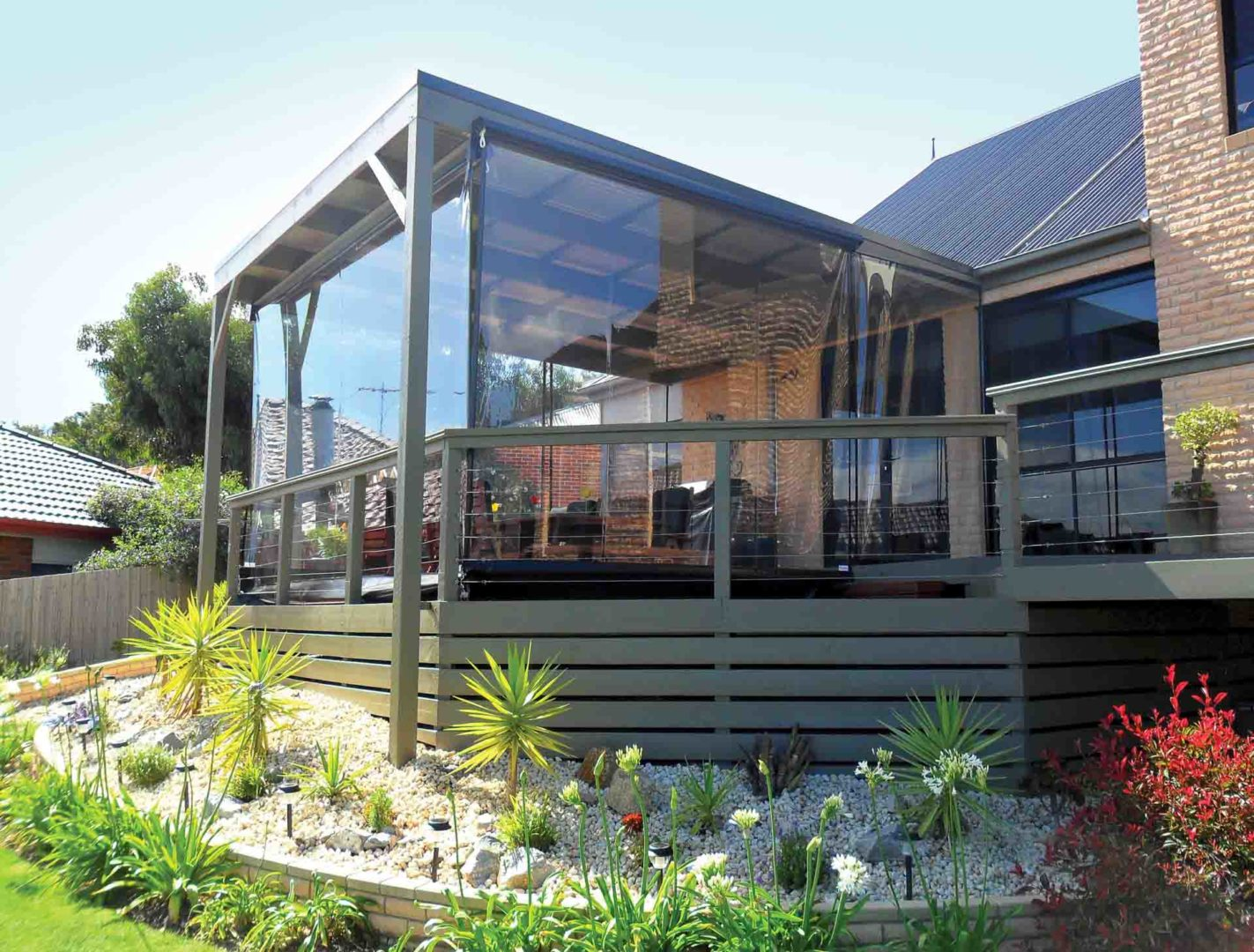 A helpful guide to buying outdoor blinds - Australian ... on Aust Outdoor Living  id=53066
