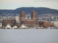Bootsfahrt-Oslo-Rathaus