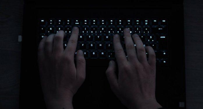 Attentat de Conflans : des sites français sont hackés puis « défigurés