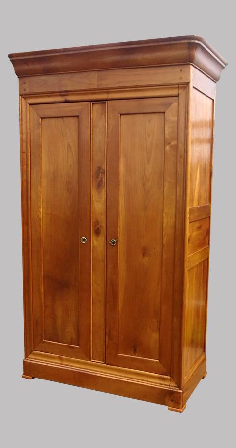 belle armoire ancienne en merisier de style louis philippe armoire penderie