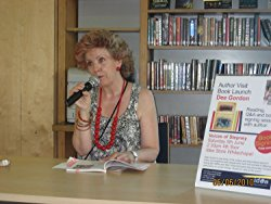 Author Dee Gordon