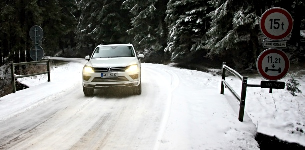 test-volkswagen-touareg-terrain-tech-30-tdi-4x4-at-p3