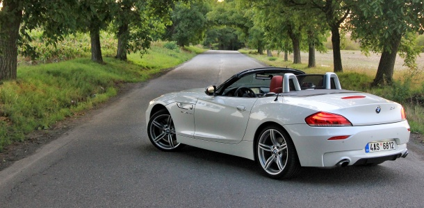 test-bmw-z4-roadster-sdrive-35is-at-p2