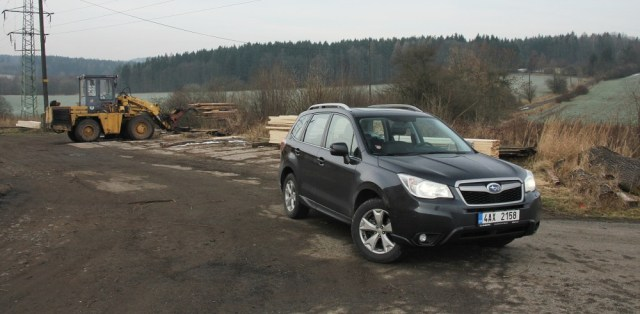 test-subaru-forester-20d-lineartronic-p1