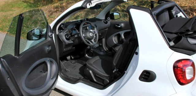 test-smart-fortwo-cabrio-dct-p3