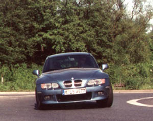 z3coupe-1a.jpg (49582 Byte)