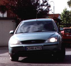 mondeo-2.jpg (33606 Byte)
