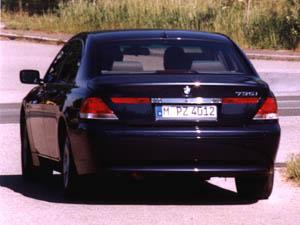 bmw735i-5.jpg (54207 Byte)