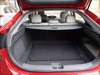 Gepäckraum des Hyundai Ioniq Hybrid. Foto: Petra Grünendahl.